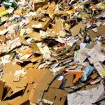 Papier und Karton